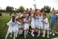 Cordischi Cup: la formazione allenata dall'ex calciatore nerazzurro si aggiudica il trofeo dopo una equilibrata finale contro la Fiorentina.