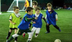 Lavorare nel calcio: per la prima volta un baby-sitter potrà guadagnare 90mila euro all'anno. Come? Allenando! L'approdondimento su Football Scouting.